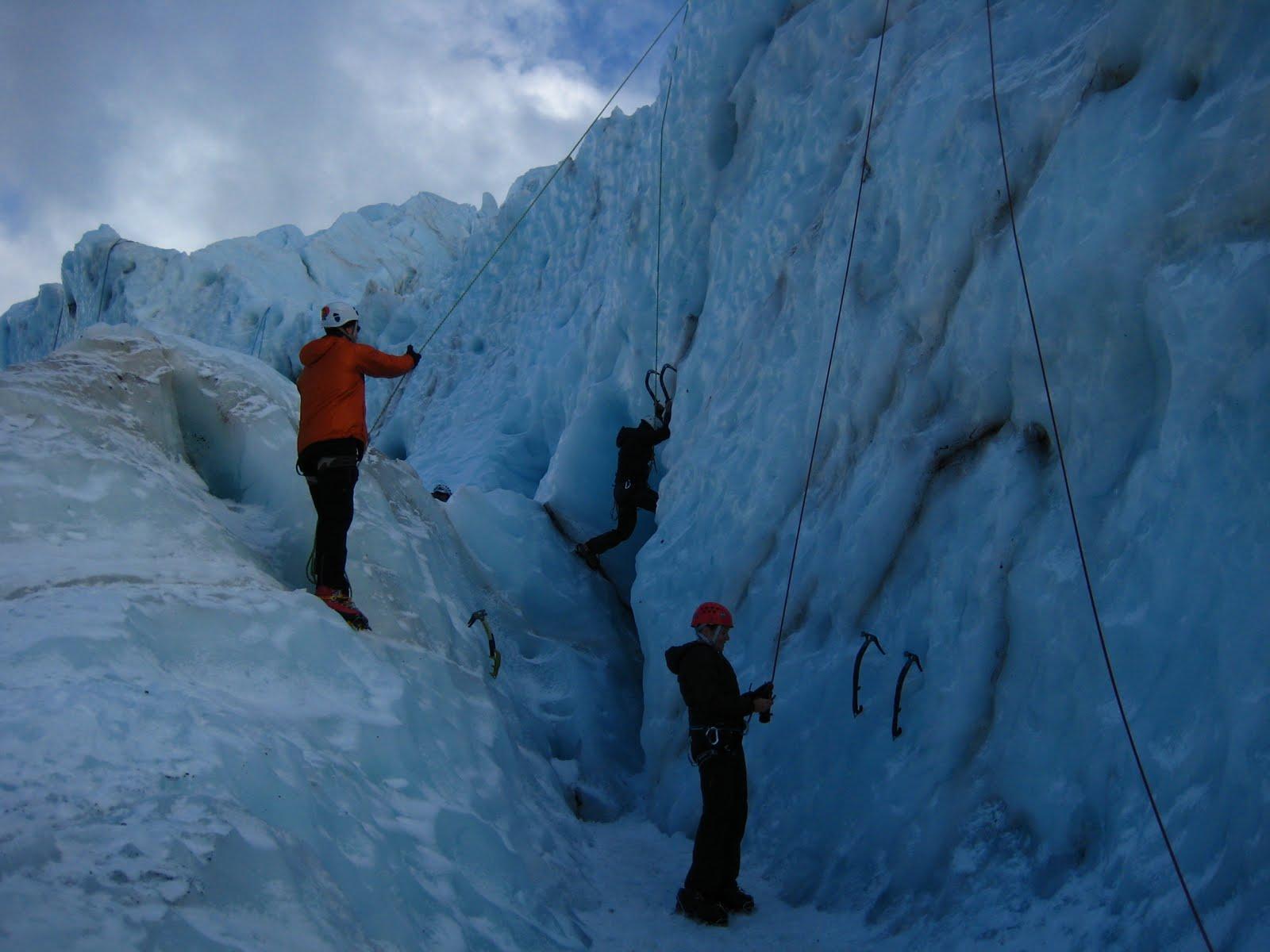 [Ice+Climbing+054.jpg]