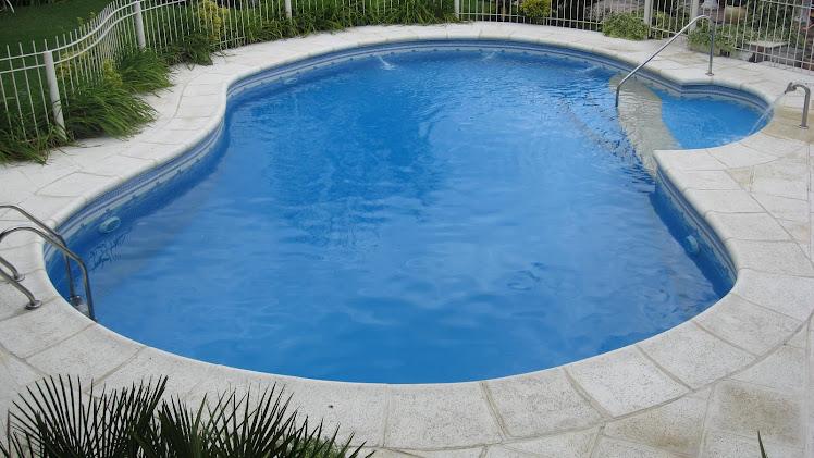 Firstpool per especialistas en construcci n y dise o de for Construccion de piscinas peru