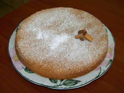 tortacarmand1 Almond cake with cinnamon