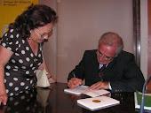 """Firma del libro """"El amante clonado"""""""