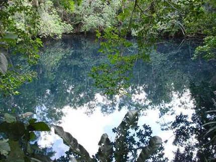Fenomena Sungai di Bawah Laut Cenote Angelita (Penjelasan)