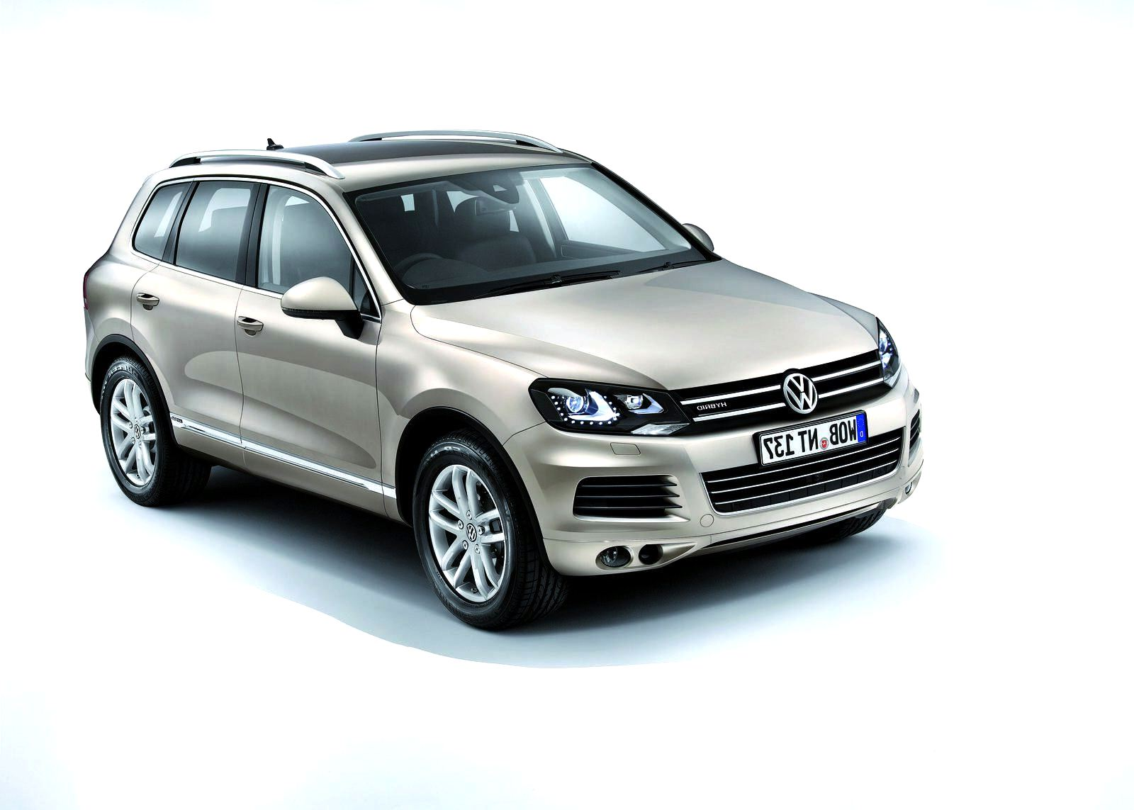 2011 volkswagen new touareg specsfeatures and price