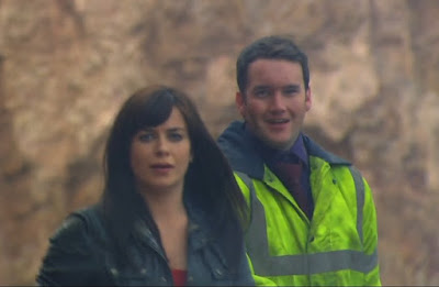 Gwen Cooper Ianto Jones Eve Myles Gareth David-Lloyd smile Torchwood Children of Earth Day 2 screencaps images photos pictures screengrabs captures