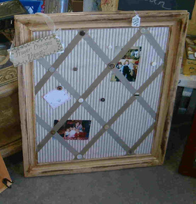 [bulletin+board.jpg]bulletin boards message centers http://bec4-beyondthepicketfence.blogspot.com/2011/02/boarding.html