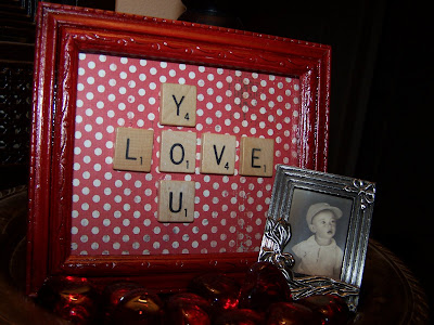 Valentine crafts http://bec4-beyondthepicketfence.blogspot.com/2011/01/love-is-in-air.html