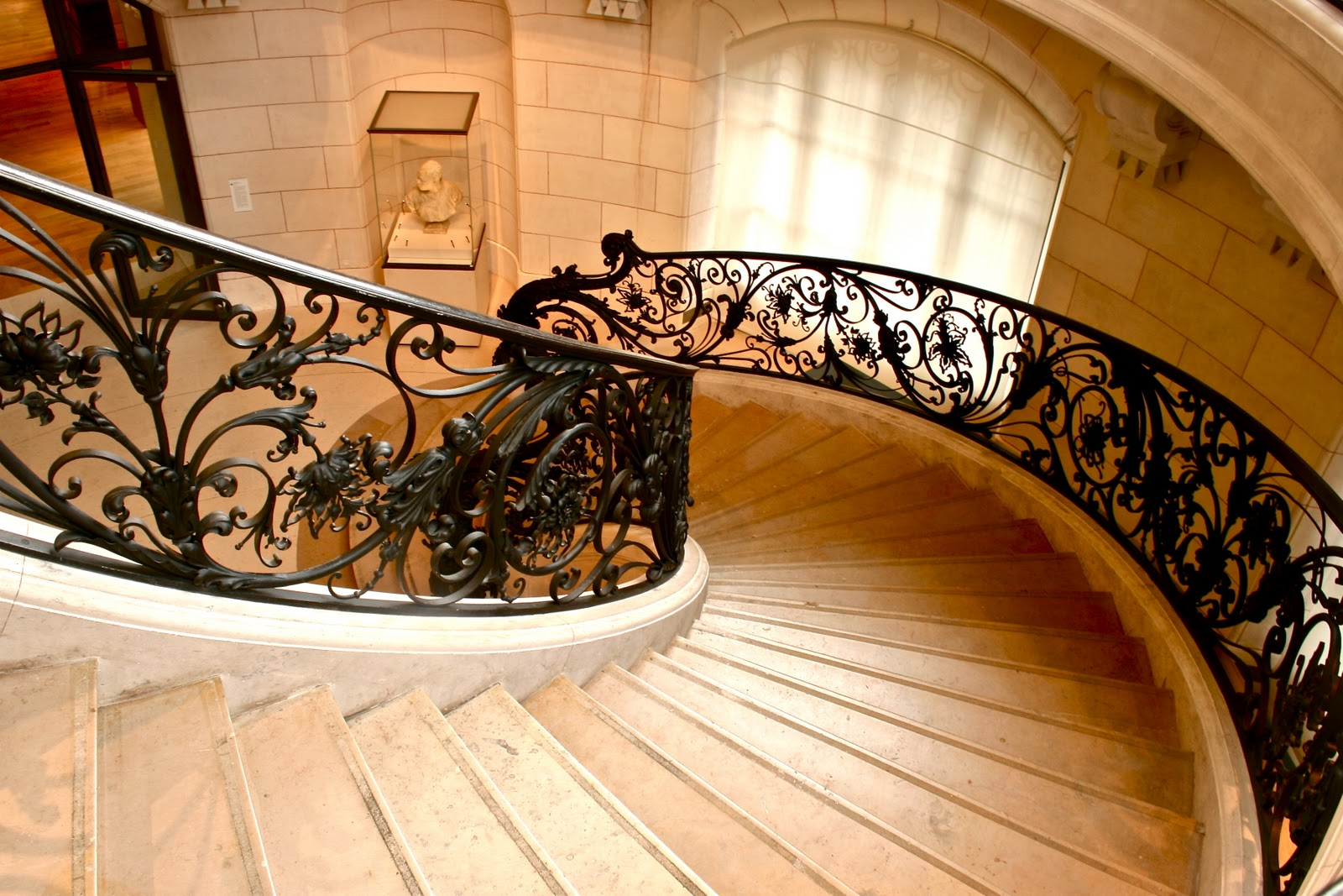 paris through my lens l 39 escalier le petit palais. Black Bedroom Furniture Sets. Home Design Ideas