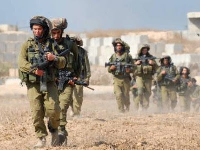 Israeli troops enter the Gaza Strip