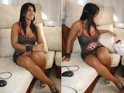 BBB9: Priscila deixa calcinha à mostra