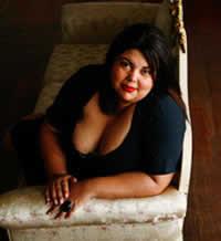 Calendário sensual de gordinha: Fabiana Karla