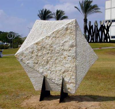 טניה פרמינגר, פסל מגן דוד