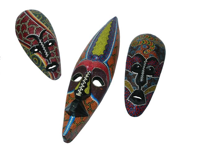 máscaras pintadas a mano