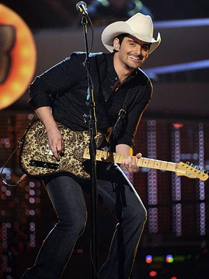brad paisley. 2011 Brad Paisley shows off