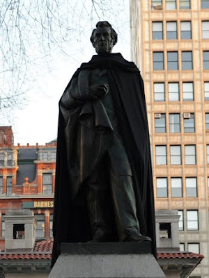 New York Statues Sport Cloaks To Promote NBC's The Cape Seen On www.coolpicturegallery.us
