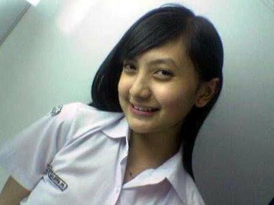 Foto Hot Bocah SMP Mesum Pic 24 of 35