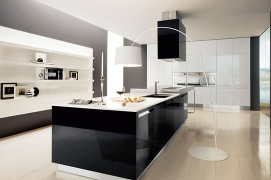 Brighton beach black and white modern italian kitchen design for Modern italian kitchen