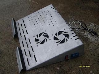 smohcine support ventil pour pc portable. Black Bedroom Furniture Sets. Home Design Ideas