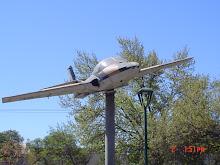 Avion en Alameda O`higgins
