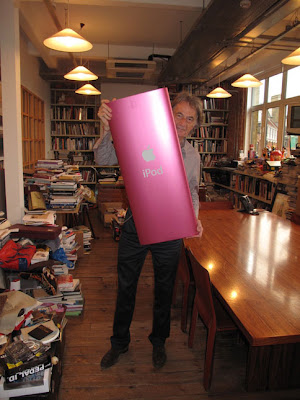 ipod paul smith Un iPod Nano Geant pour Paul Smith