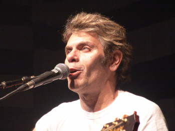 Programa Noites 80 Vai Entrevistar Roger  Vocalista Do Ultraje