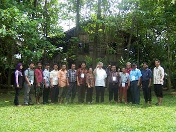 Kehidupan dalam Kebersamaan Pelatihan di Kampung 99 Pepohonan