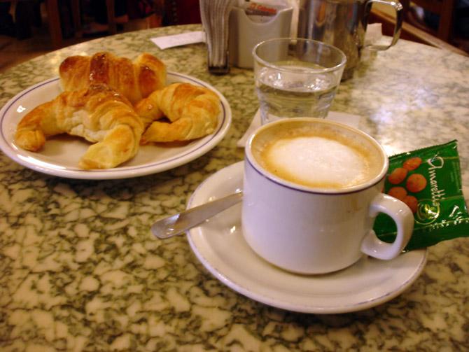 EL HILO DE LOS AMIGUETES XIII - Página 2 Cafe_con_leche