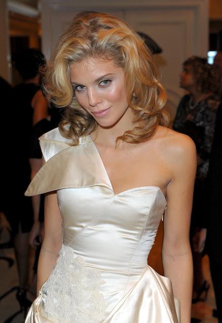 sexy AnnaLynne McCord