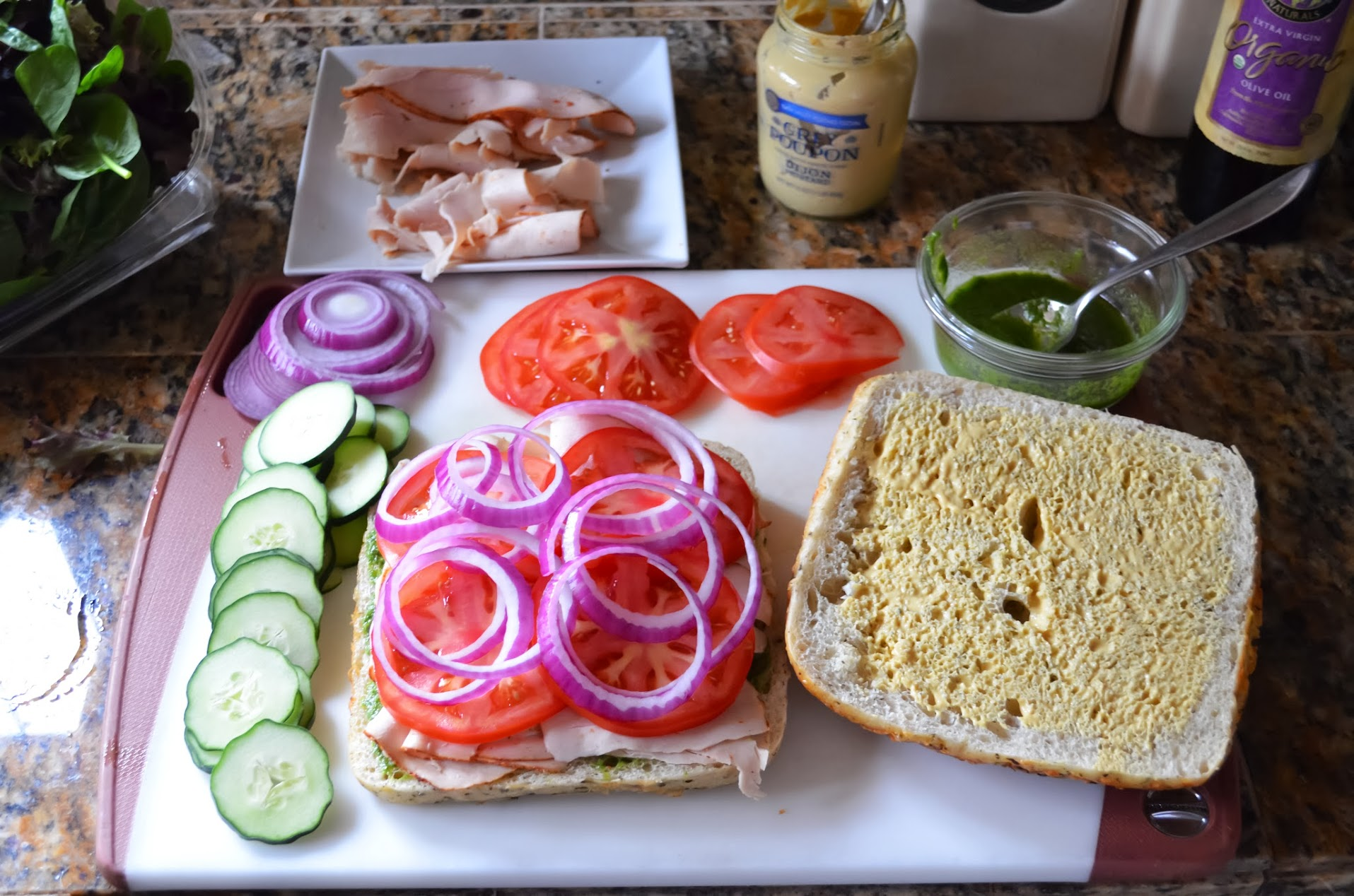 Turkey-Pesto-Paninis-Tomatoes-Onion.jpg