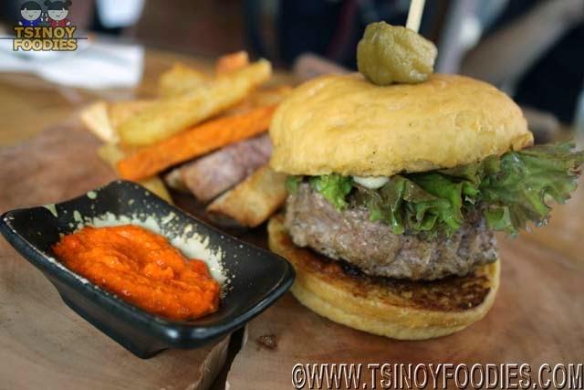estancia duck burger