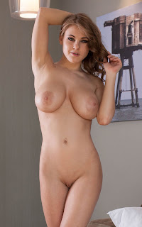 Sexy Adult Pictures - Viola%2BBailey-S02-028.jpg