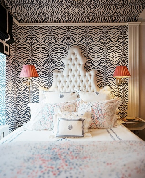 I Tufted Furniture Toulouse Velvet Tufted Headboard By