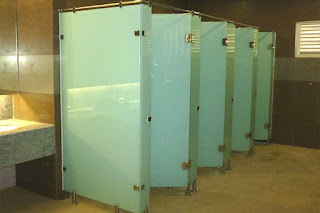 harga cubicle toilet surabaya