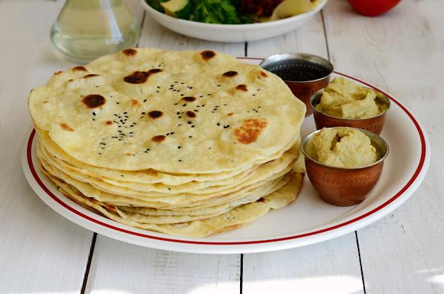 Индийски хляб Naan с масло