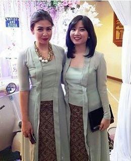 Kebaya Batik Tradisional