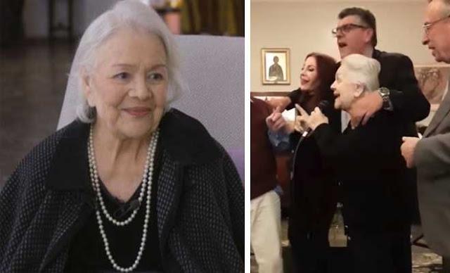 Δάκρυσαν όλοι με τη Μαίρη Λίντα στο Γηροκομείο Αθηνών