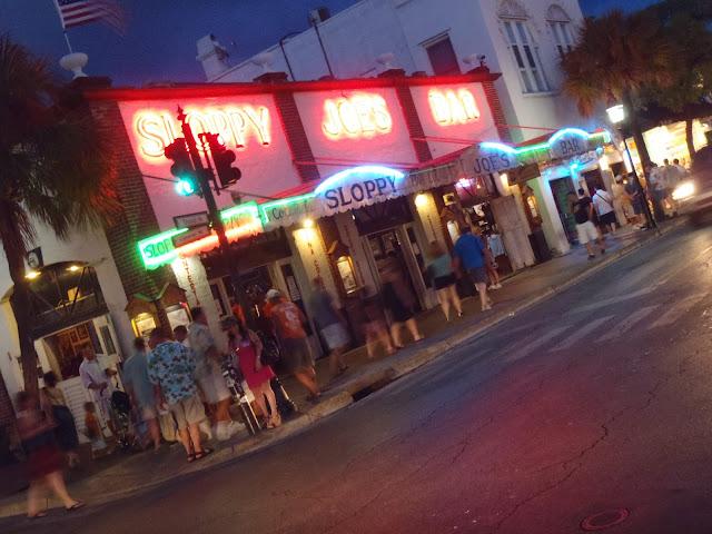 Sloppy Joe's at night