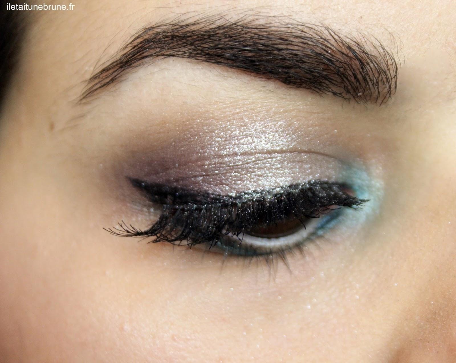 maquillage des yeux bleu azur, argenté, violet
