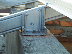 atap rumah baja ringan atau kayu alat untuk menyambung rangka - konstruksi ...