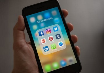 How to secure your facebook account - इन तरीकों से सुरक्षित रखें अपना फेसबुक अकाउंट