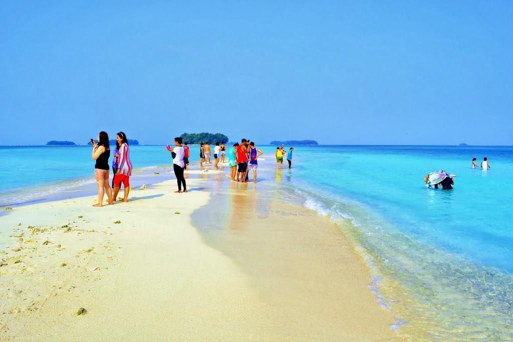Pantai Tuturuga