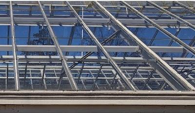 keuntungan menggunakan atap baja ringan