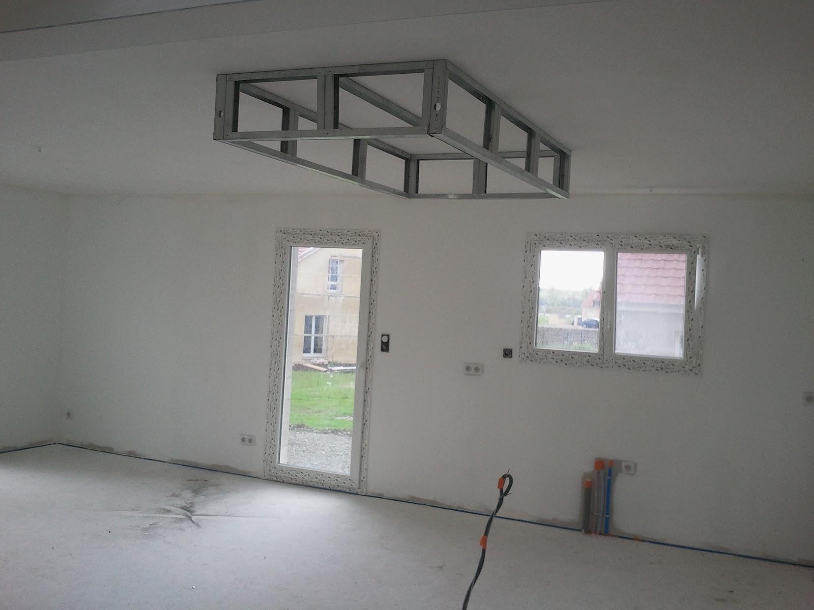 bricolage de l 39 id e la r alisation plafond descendu caisson suspendu. Black Bedroom Furniture Sets. Home Design Ideas