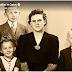 """Presidente Oaks dice: Familia vs. Carrera: """"Las mujeres pueden tener ambas""""."""