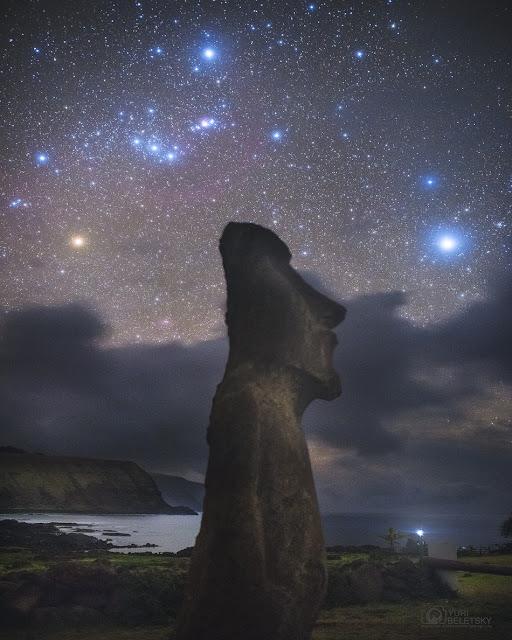 Chòm sao Orion trên bầu trời đảo Phục Sinh. Hình ảnh: Yuri Beletsky (Carnegie Las Campanas Observatory, TWAN).