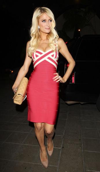 Jennifer Lopez Flashes Rock Hard Abs in Sexy Bandage Dress