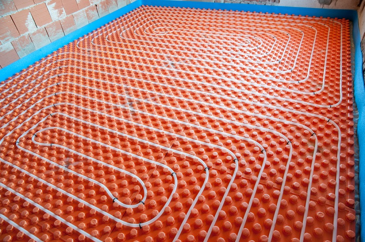 Comparison Between Hydronic Heating Systems and Electronic Heating Systems