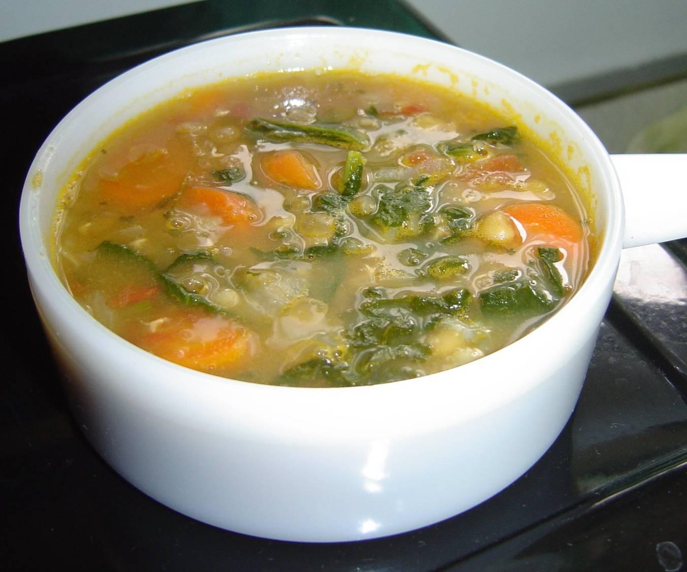 Easy-Red-Lentil-Vegetarian-Soup