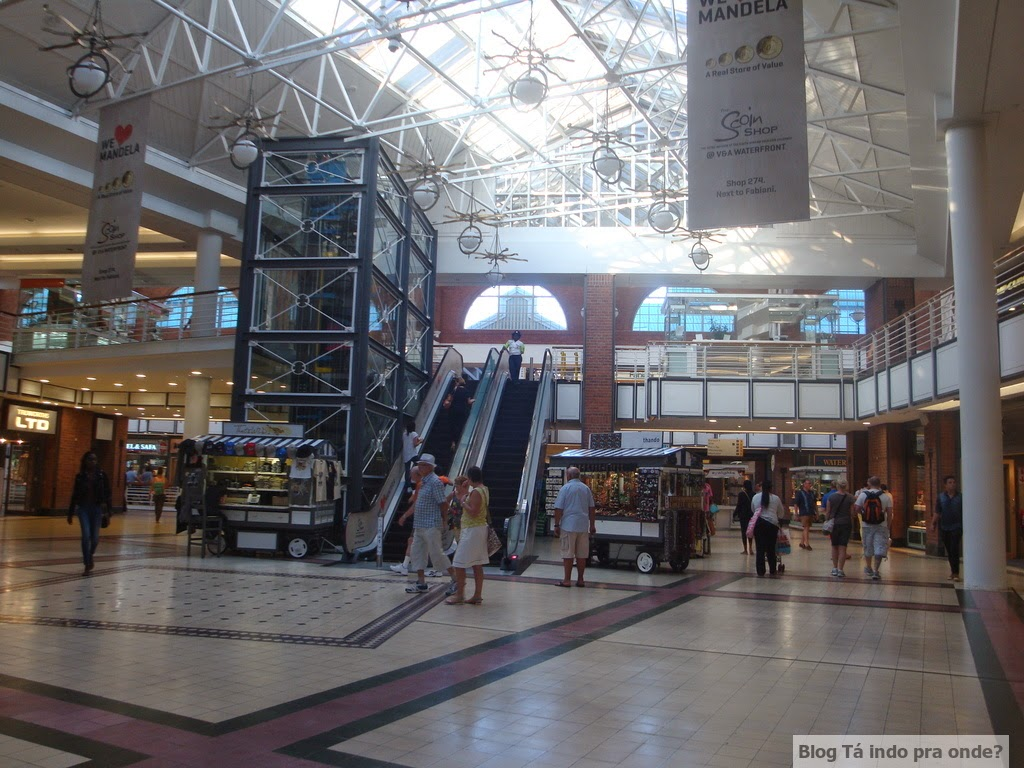 Victoria Wharf Shopping Centre