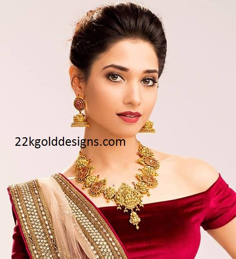 Tamannah Bhatia in Nakshi Necklace