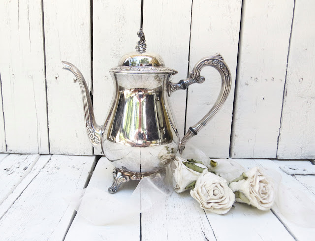 https://www.etsy.com/listing/271273510/vintage-silverplate-teapot-ornate-teapot?ref=related-7