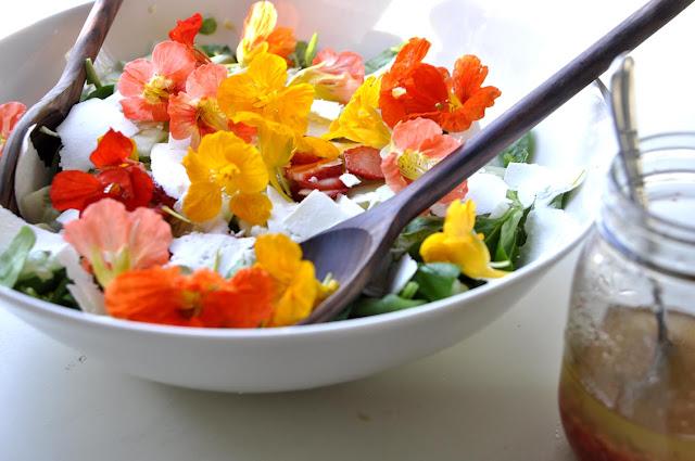 Thực phầm từ hoa